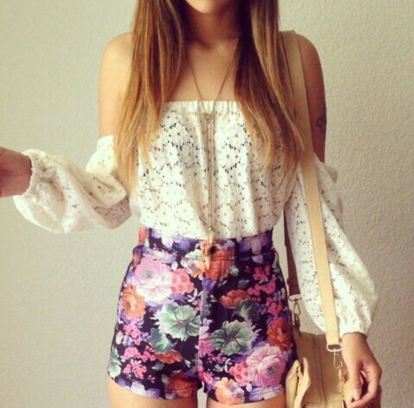 High waisted shorts top floral