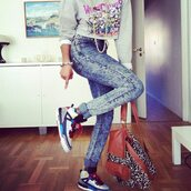 shoes,jordans,bag,cute,leoard,jeans,sweater,swag,jordan,dope,chain,shirt