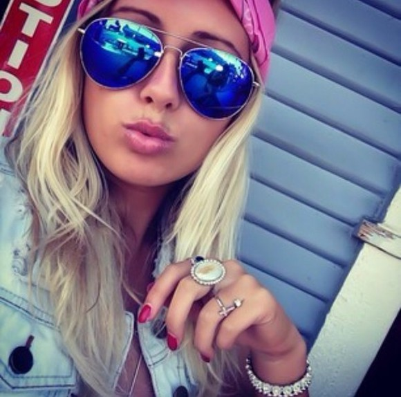cross jewelry jewels sunglasses pink cross ring braclets summer outfits bandana headband blue sunglasses tinted aviator