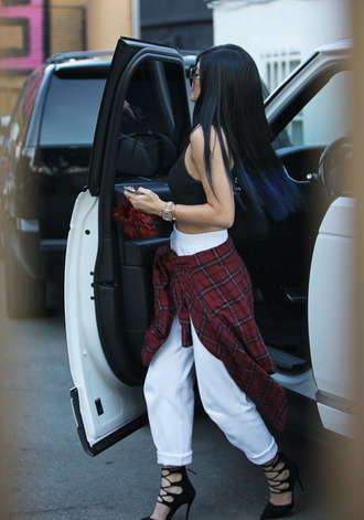 shoes pants kylie jenner cop top white jeans