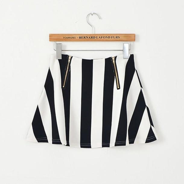 skirt makeup table vanity row dress to kill black white perfecta perfect zip miniskirt