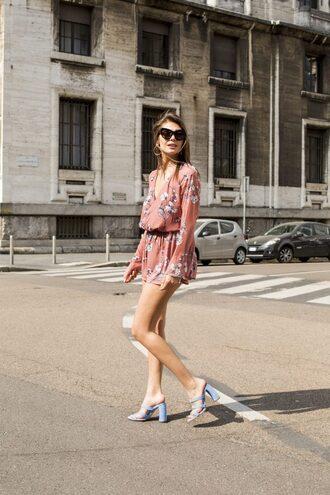 shoes dress floral floral dress short dress mini dress belt slide sandals blue sandals sunglasses