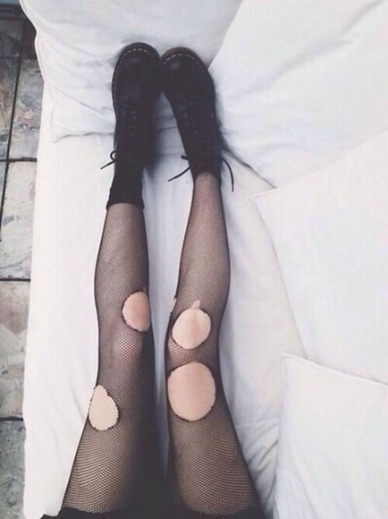 fishnet tights grunge