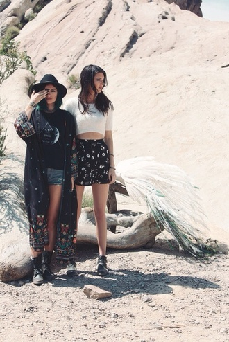 kendall jenner kylie jenner kardashians los angeles crop tops skirt cute kendall and kylie jenner celebrity style cardigan shirt