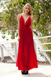 dress,maxi dress,red,backless,open back,plunge neckline,plunge v neck,shopfashionavenue,slit skirt