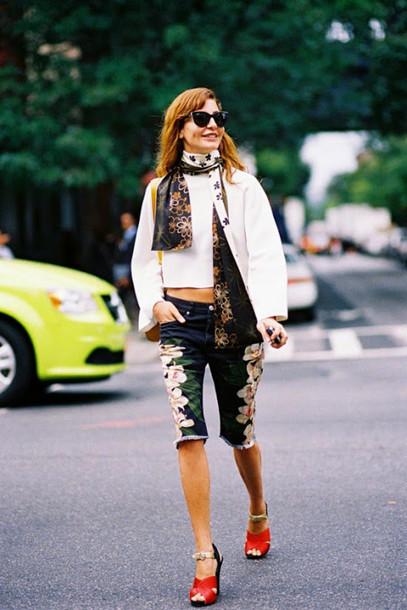 vanessa jackman blogger shorts floral red heels bermuda
