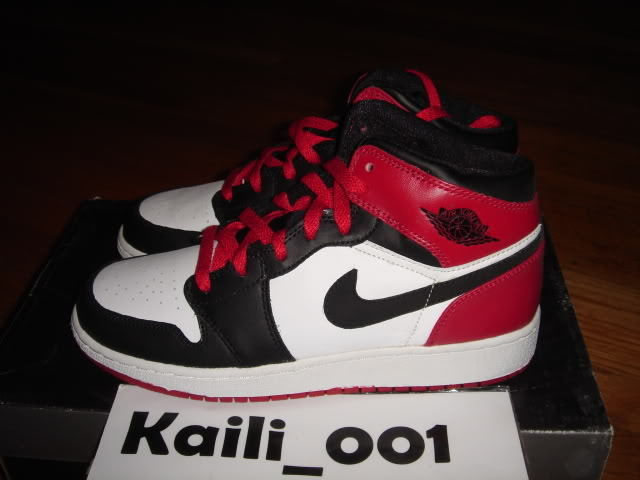 f7db25abff803 Nike Air Jordan 1 Retro GS Black Toe Bred Banned Blue DMP OG ...