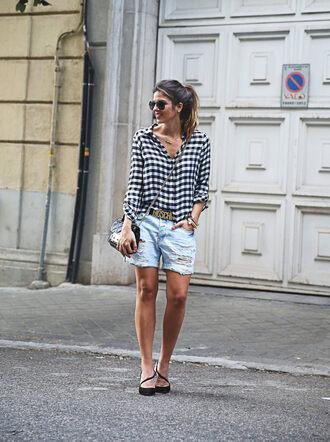 shorts sunglasses blue and white checkered shirt distressed denim shorts black sandals blogger