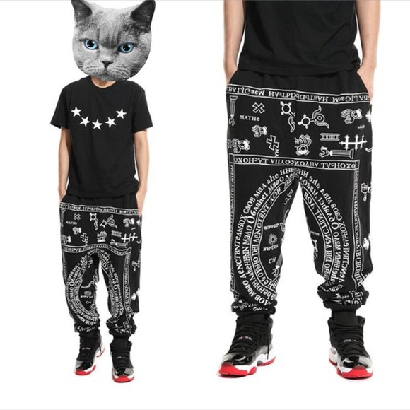 pants baggy pants shirt black five point stars t-shirt geometric patterned pants