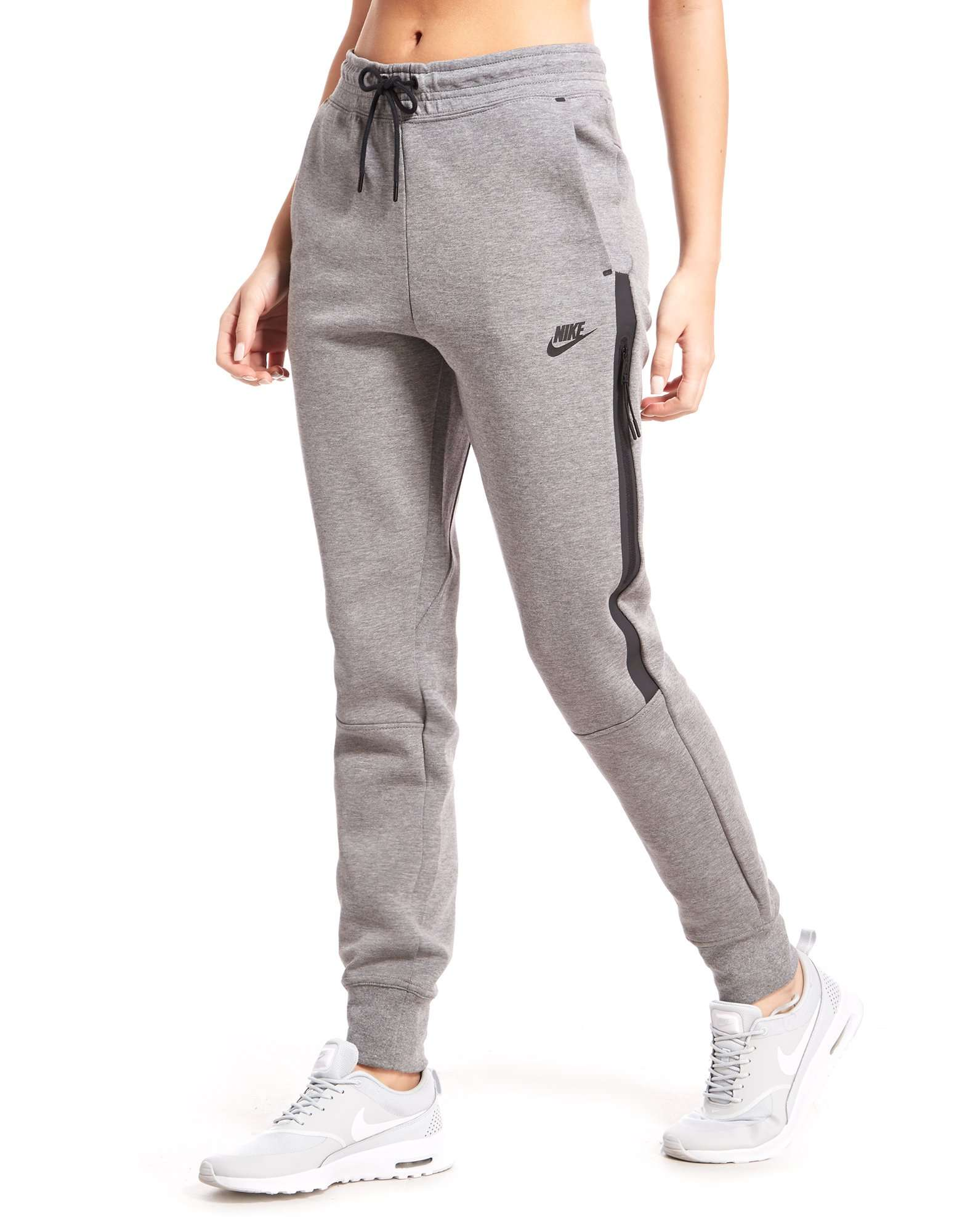 Model Nike Tech Fleece Women S Pants Sweatpants Get A Modern Feminine