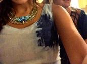 jewels,bib necklace,jewelry