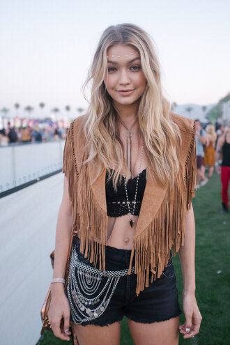necklace gigi hadid coachella jewelry pendant boho boho jewelry bohemian boho chic celebrity style fringed jacket fringes festival body chain shorts