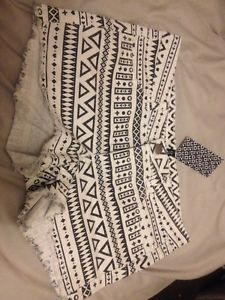 Aztec White Denim Shorts Hearts Crosses Cute H&m Bnwt Size 12 | eBay