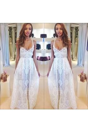 Line white wedding dress