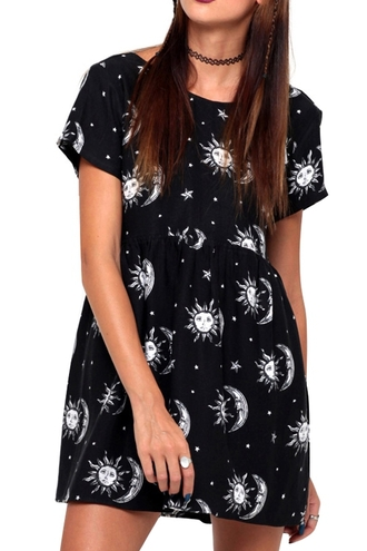 dress moon dark dark fashion wicca grunge moon dress hippie hipster indie black dress goth choker necklace casual summer zaful all black everything witch goth hipster gothic lolita alternative alternative rock black and white moon and sun