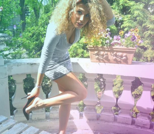 Skirt Xxx High Heels Aztec Aztec Skirt Cardigan Boobs Breast Long Legs Blonde Long Hair Long