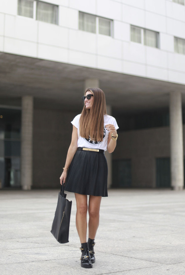 b a r t a b a c blogger t-shirt bag belt sunglasses jewels