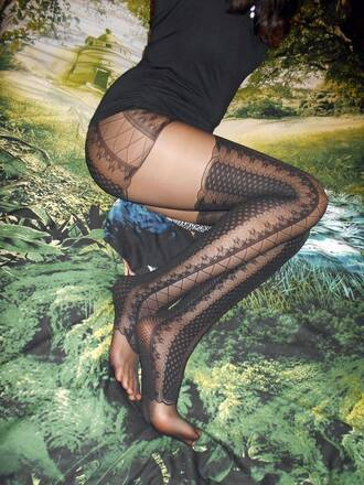 tights patterned