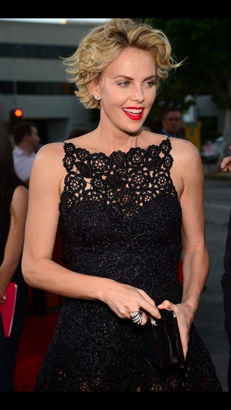 dress charlize theron