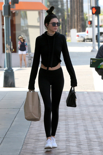 top long sleeves all black everything leggings sneakers kendall jenner kardashians sunglasses choker necklace necklace crop tops sweatshirt hoodie jewels all black  outfit