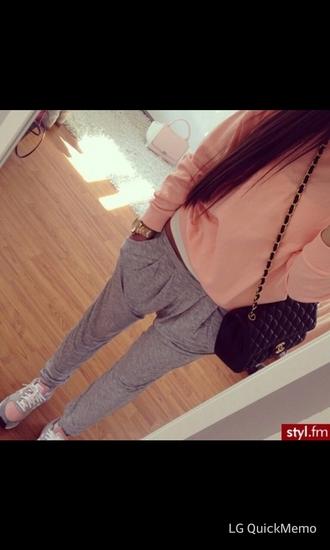 pants pink shirts grey pants grey sweatpants grey tennis shpes tennis shoes purse