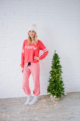 pajamas tumblr christmas pajamas holiday season holiday gift beanie pom pom beanie socks