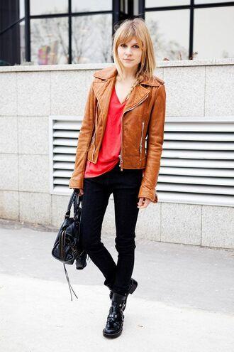 jacket red shirt brown leather jacket black jeans black boots blogger