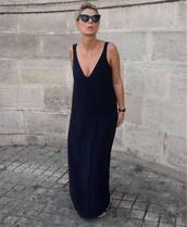 dress,maxi dress,v neck dress,cat eye,sunglasses,black dress