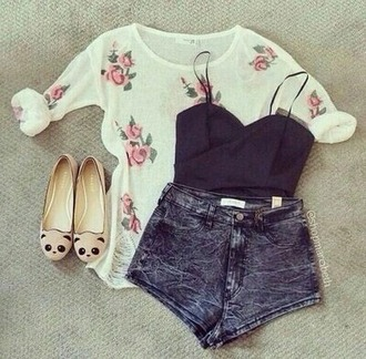 blouse white t-shirt shirt white t-shirt top white top flower shirt flowered flowers roses rose flower pink roses pink flowers shoes shorts