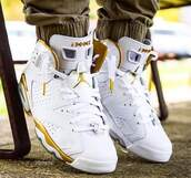 shoes,white and gold,retro 6,jordan,youth size,jordans,white sneakers,high top sneakers