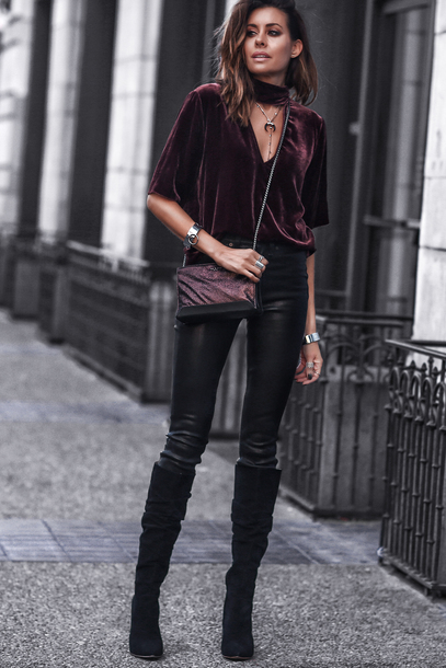 fashionedchic blogger bag pants top jewels shoes crossbody bag boots black pants fall outfits