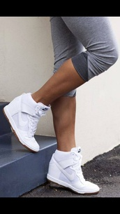 shoes,high top nikes,sportswear,nike,nike free run,trainers,running,athletic,white,sneackers,skyhidunks,white sneakers,white high heels,nike sneakers,nike running shoes,sneakers,white nikes,wedges,wedge sneakers,white shoes,lace up,women's,women's shoes,dress,fashion,pretty,boho,sports shoes,running shoes,nike shoes,white and gray,sports pants,high-top sneakers