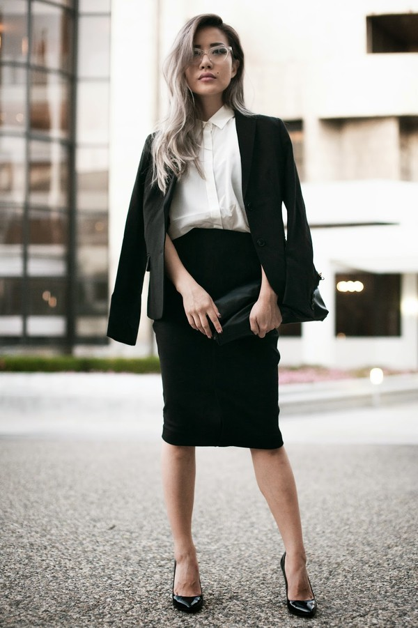 feral creature blogger jacket blouse bag jeans office outfits tailoring