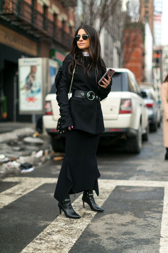 skirt nyfw 2017 fashion week 2017 fashion week streetstyle maxi skirt black skirt blazer black blazer belt bag black bag sunglasses boots black boots pointed boots high heels boots all black everything