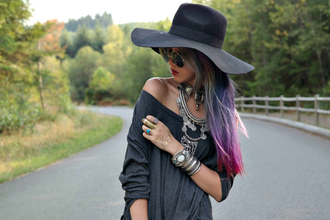 stardust bohemian blogger top dress jewels shorts sunglasses shoes hat jewelry necklace statement necklace