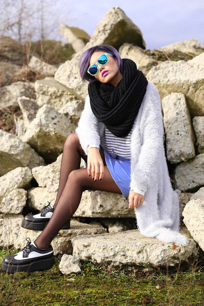 xander vintage blogger mirrored sunglasses fuzzy coat fluffy creepers blue skirt knitted scarf infinity scarf sunglasses shoes