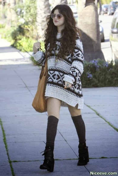 selena gomez black and white cardigan oversized sweater