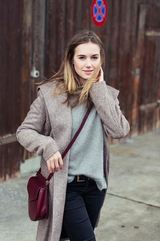 fashion gamble blogger sweater jacket jeans shoes bag