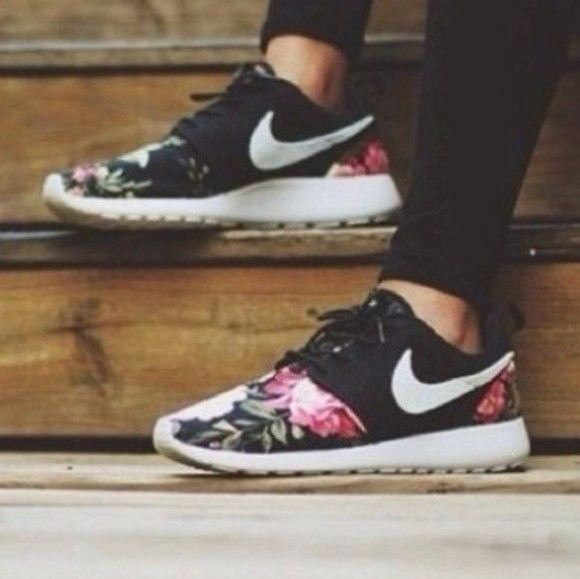 black and white shoes nike roshe run floral