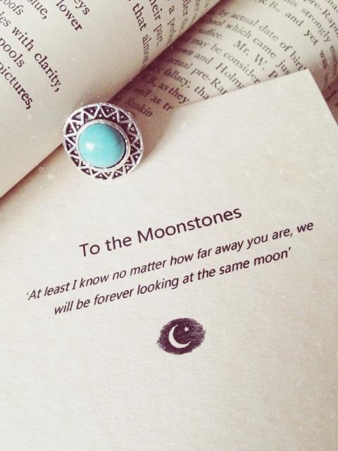 To the moonstones ring (blue turquoise stargazer)
