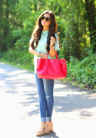 bag pastel statement necklace wedges tote bag spring outfits skinny jeans fashion couture preppy mint lace top red bag