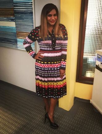 dress mindy kaling midi dress pumps instagram the mindy project