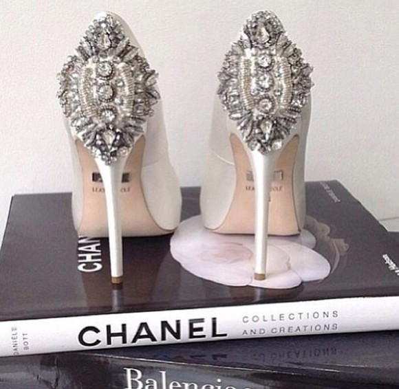 jewels wedding clothes bridal shoes diamonds silver high heels