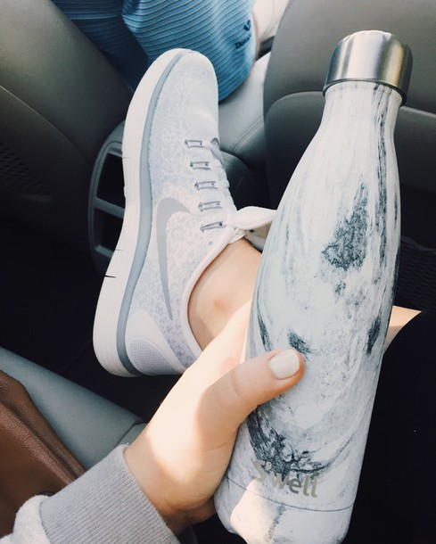 Shoes Tumblr Nike Nike Shoes Sneakers Grey Sneakers