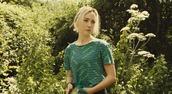 t-shirt,how i live now,green,top,saoirse ronan