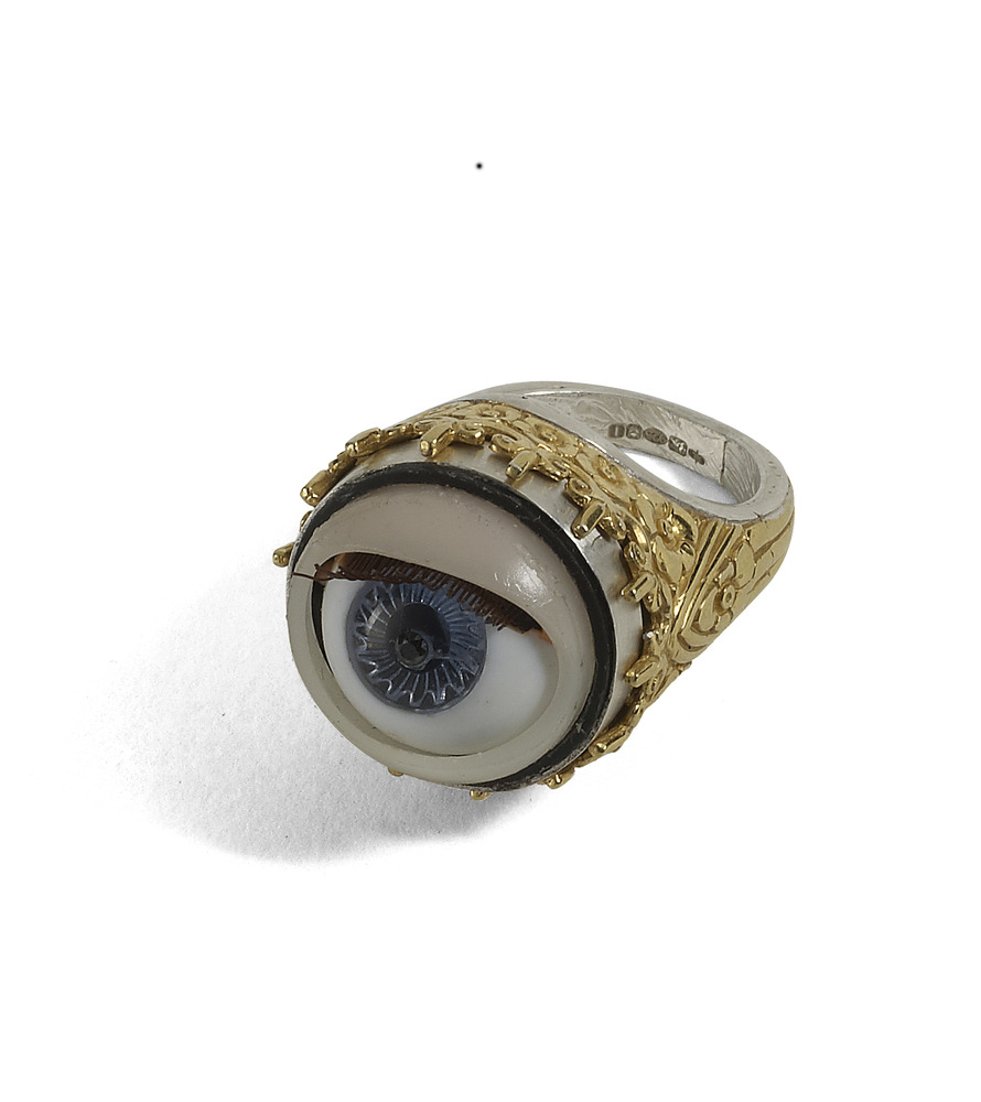 Peeping Tom: Winking Vintage Dolly Eye Ring | Jessica de Lotz Jewellery