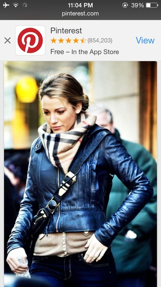 scarf burberry blake lively