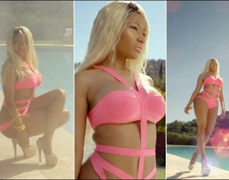 swimwear nicki minaj pink high school video sexy shoes mother my mother pink lipstick blonde hair nicki minaj pink swimsuit bandage bikini bikini swim wear barbie pink nicki minaj