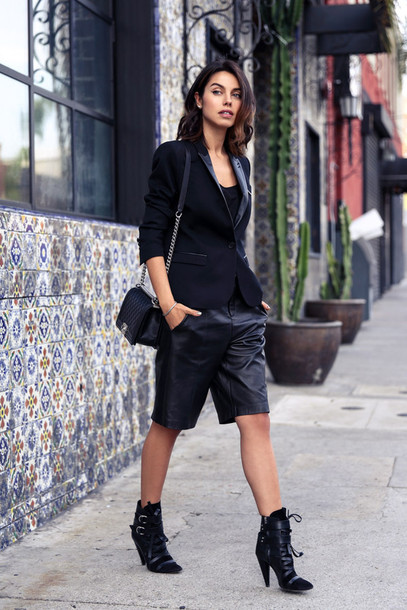 viva luxury blogger leather shorts black boots blazer boyish