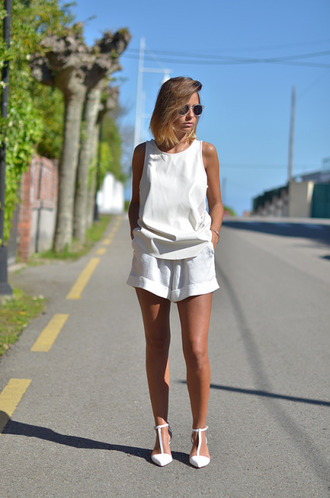 shoes zara zara shoes white shoes white sandals shorts white shorts top white top sunglasses aviator sunglasses all white outfit all white everything summer top summer outfits